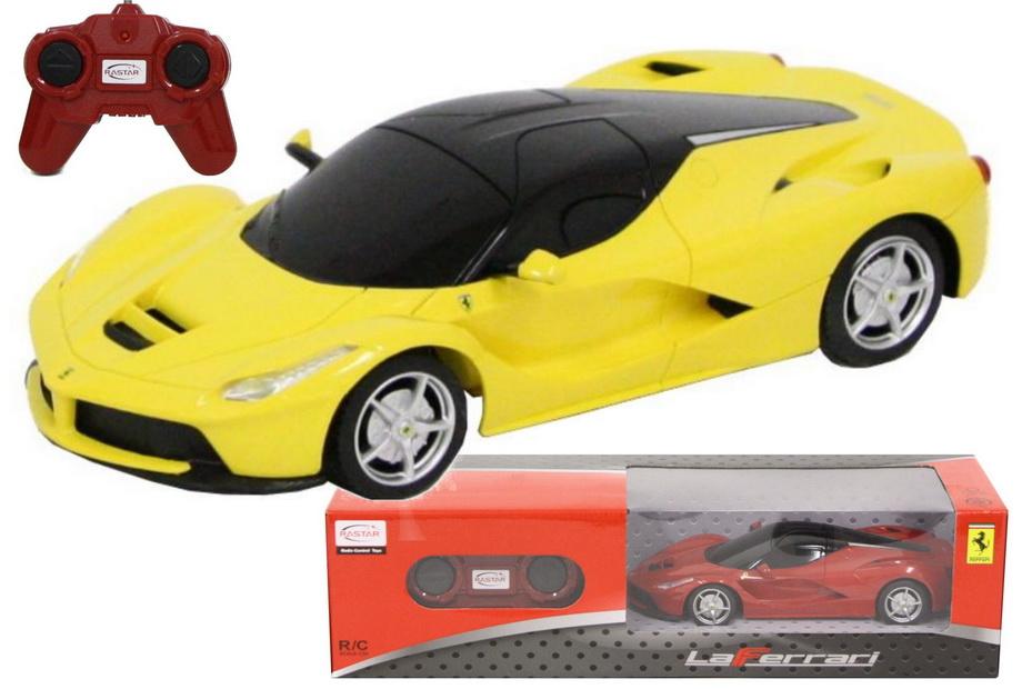 R/C Ferrari Laferrari 1:24sc (2 Assorted) In Window Box