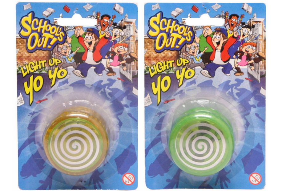 """Light Up Yoyo - """"Schools Out"""""""