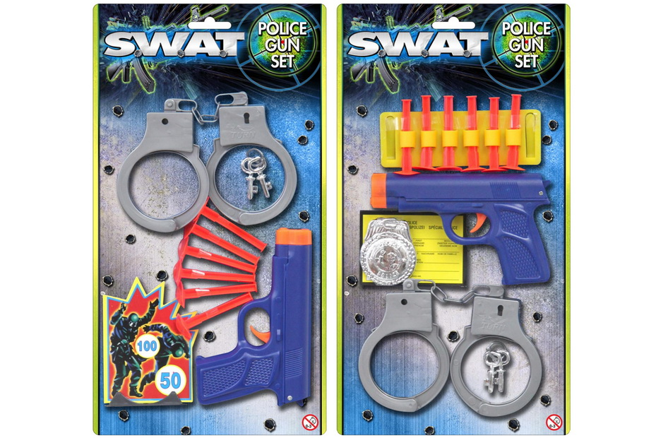 """Police Gun Sets On Blistercard 2 Assorted """"Swat"""""""